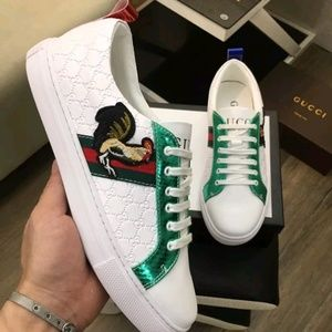 Other - Gucci ace neaker limited edition